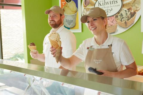 Kilwins employees serving ice cream cones